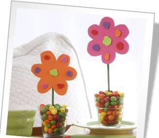 Lavoretti Festa della Mamma vaso fiori di carta