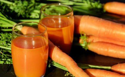 Frullati dietetici: le ricette dimagranti con frutta e verdura