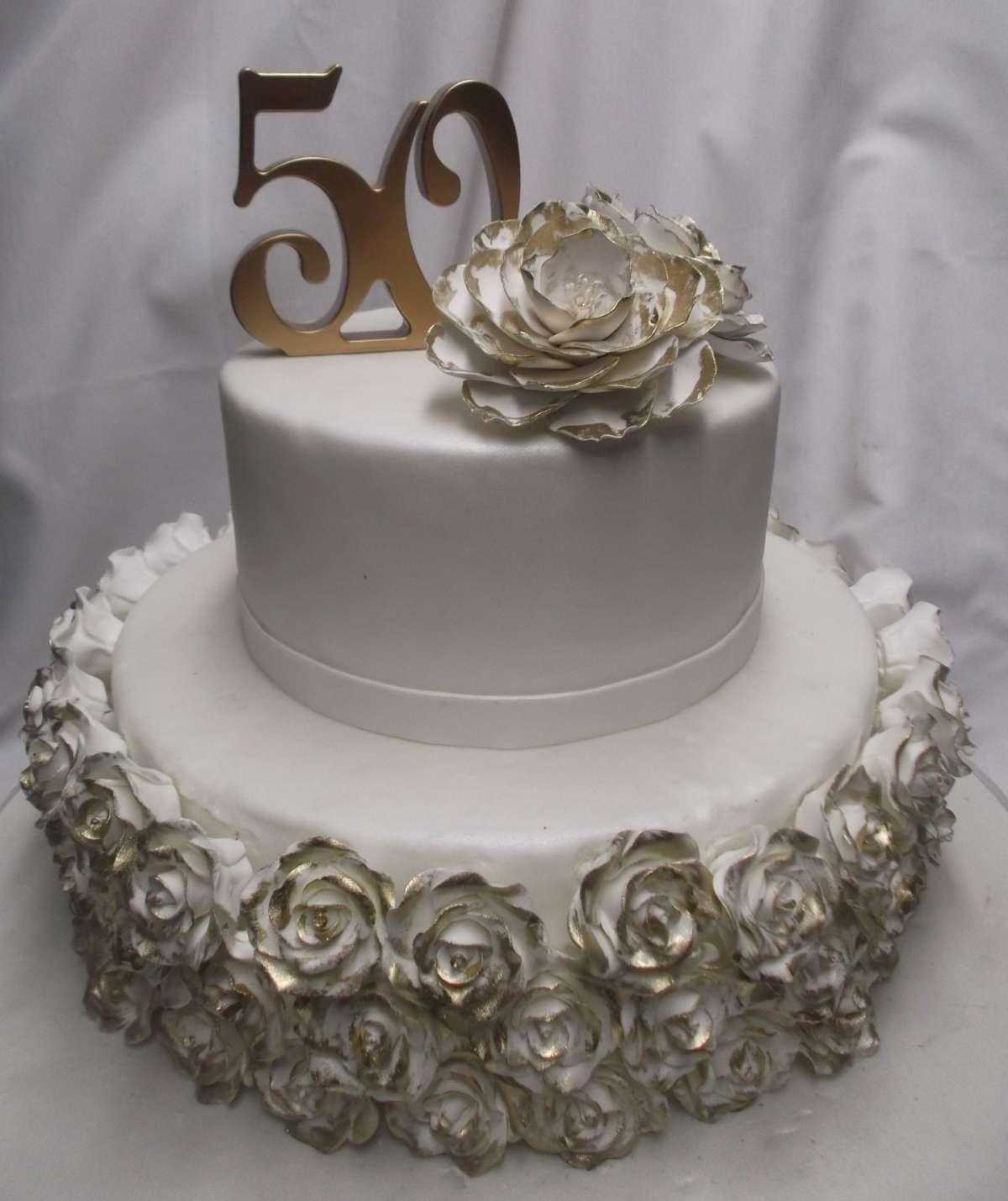 Torte Per Le Nozze D Oro Idee Per L Anniversario Foto