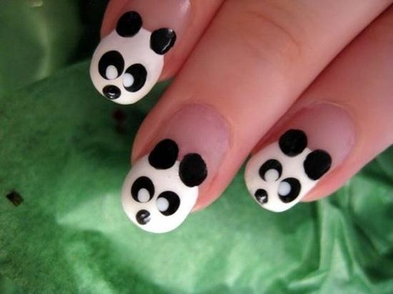 unghie colorate con panda