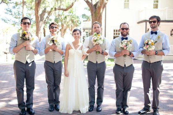 matrimonio divertente uomini bouquet