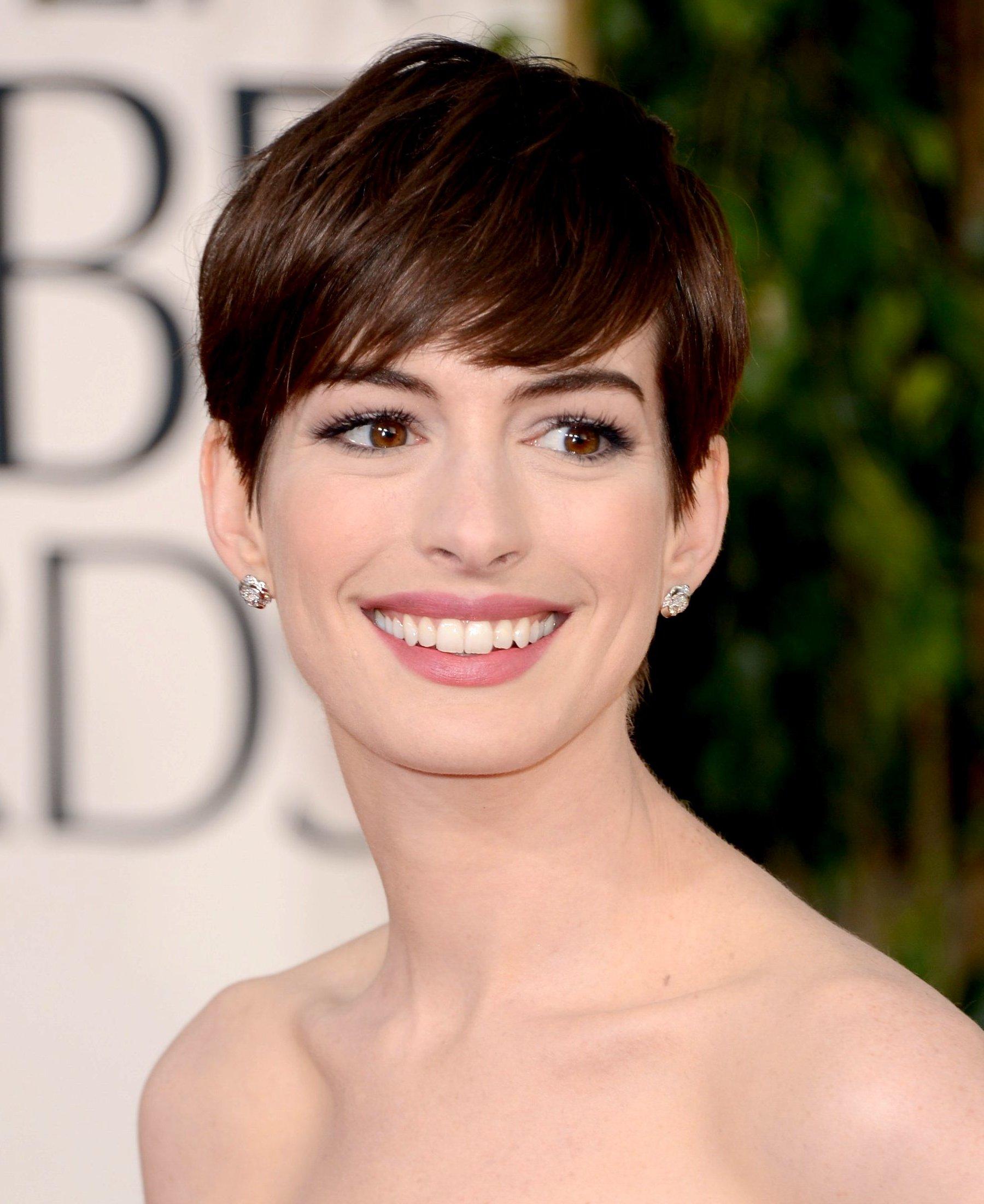 Anne Hathaway ok