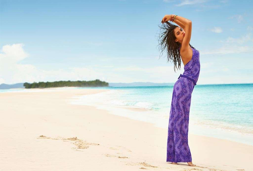 Vestiti da mare per essere bellissime anche in spiaggia [FOTO]