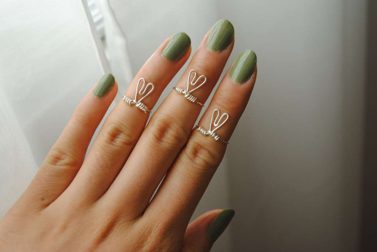 Knuckle rings: gli anelli per le fashion addicted [FOTO]