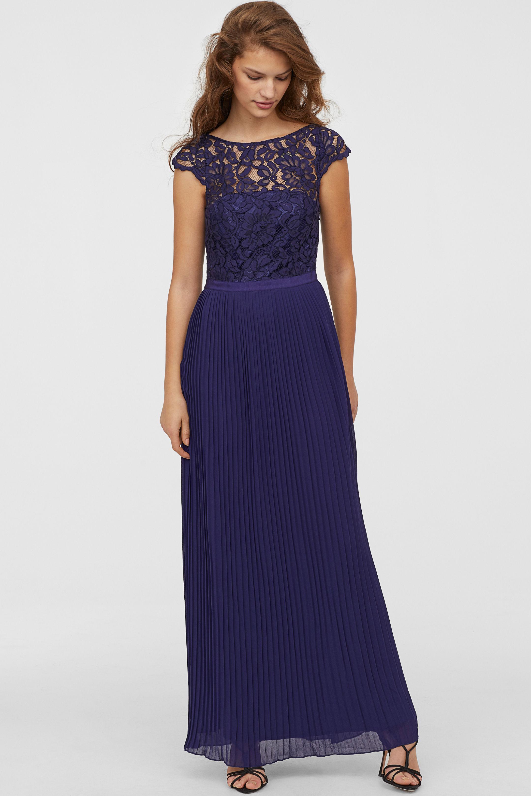 c840ea96f1ef Come vestirsi per un matrimonio in inverno  idee per le invitate ...