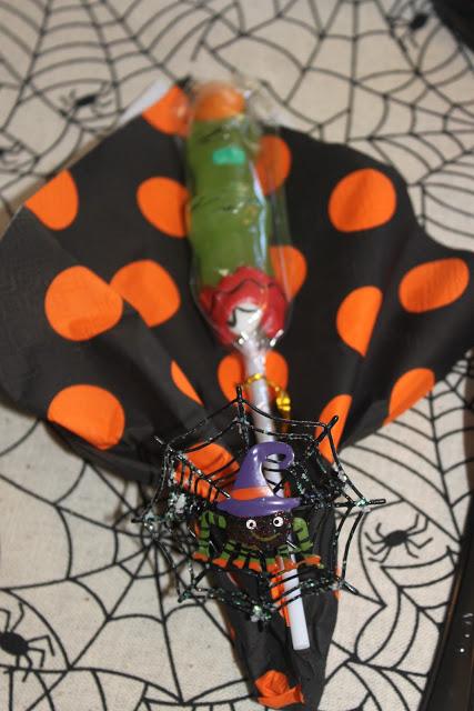 decorare tovaglioli halloween