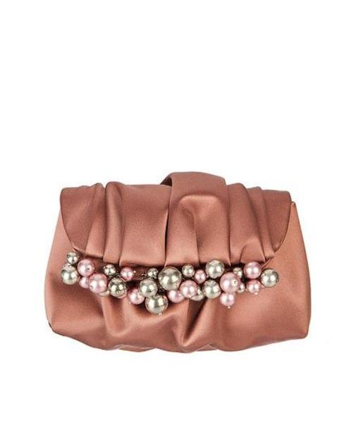 Perle sulla borsa
