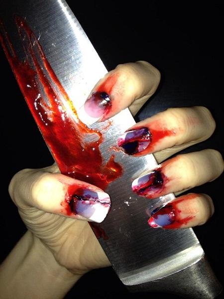 unghie halloween sangue dim