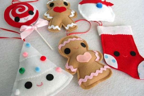 Regali Di Natale In Pannolenci.Fai Da Te Natale Dai Regali Ai Lavoretti In Pannolenci Foto