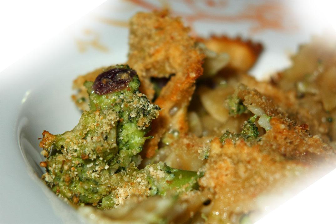 Farfalle ai broccoli gratinate, ricetta light
