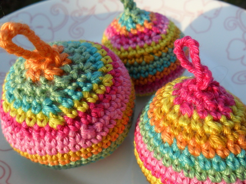 palline colorate crochet albero natale