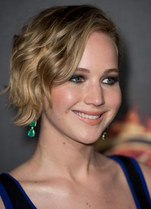 Jennifer Lawrence taglio corto