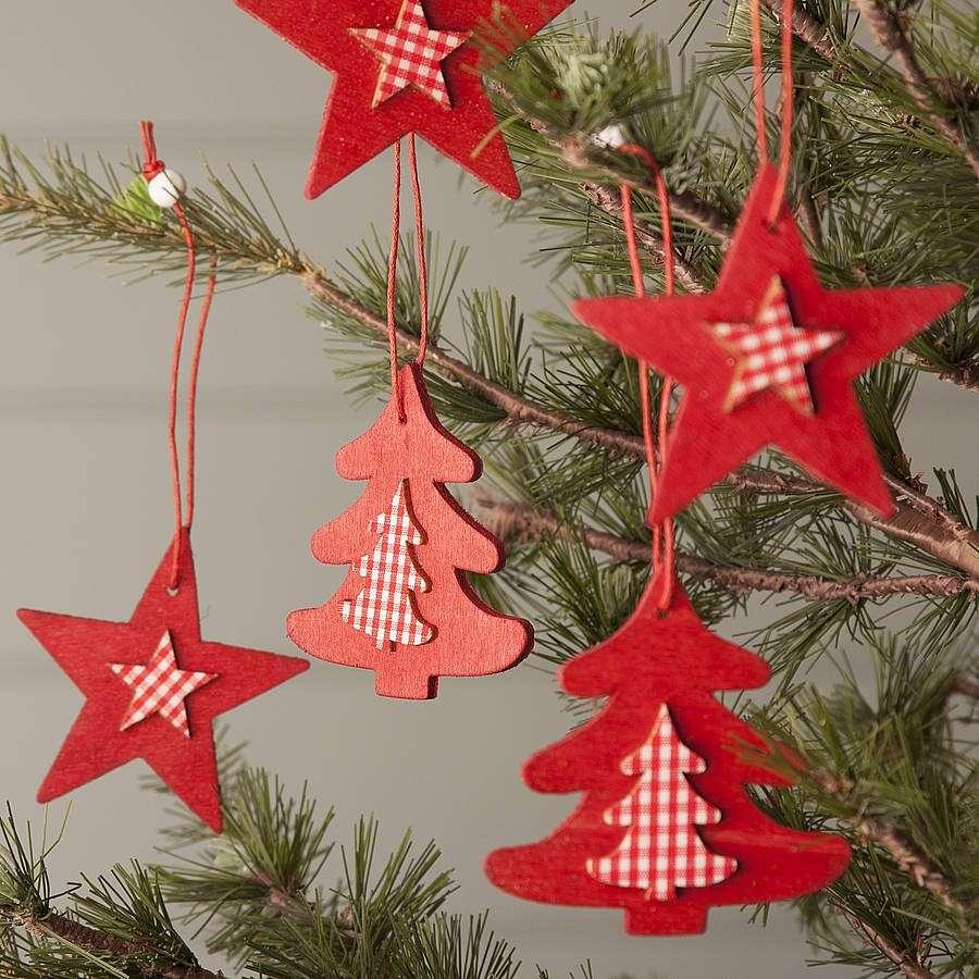 Decorazioni natalizie in legno addobbi fai da te con il decoupage o la pittura foto pourfemme - Decorazioni per finestre di natale fai da te ...