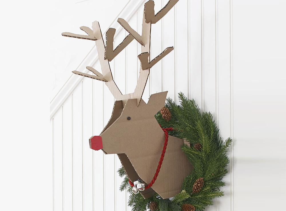 renna carta natalizia