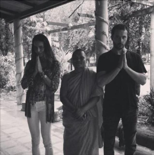 Nina Moric e Massimiliano Dossi matrimonio segreto in Cambogia