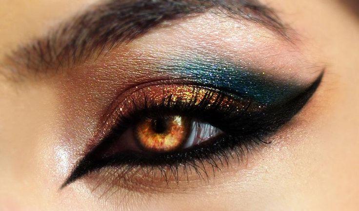 Smokey eye per imitare Cleopatra
