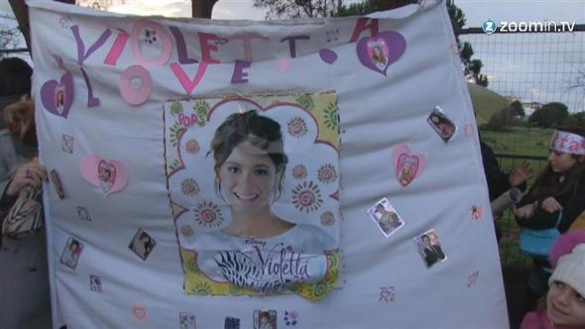 Copia il look di Violetta FOTO e VIDEO