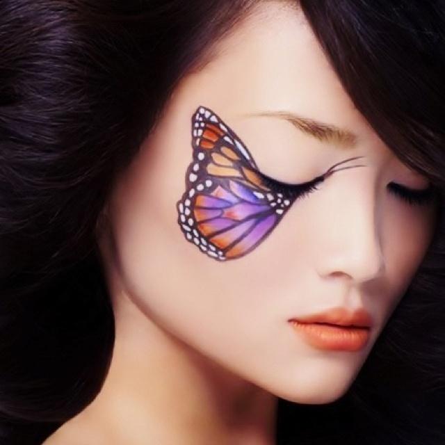 trucco farfalla occhi chiusi
