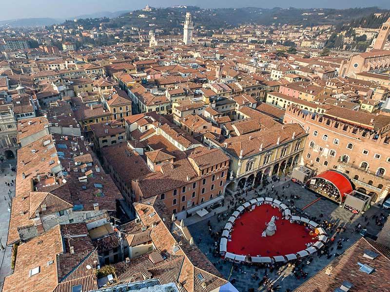 San Valentino: gli eventi per innamorati in tutta Italia