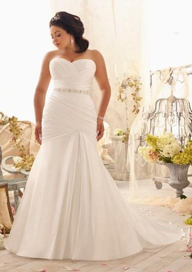 abiti da sposa per la donna formosa