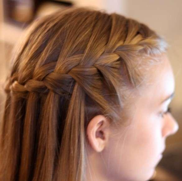 Acconciature capelli con treccia, le idee più originali [FOTO]