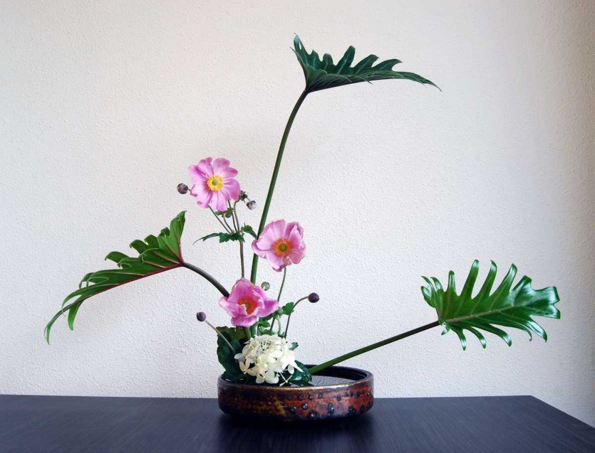 Ikebana: le composizioni floreali giapponesi [FOTO]