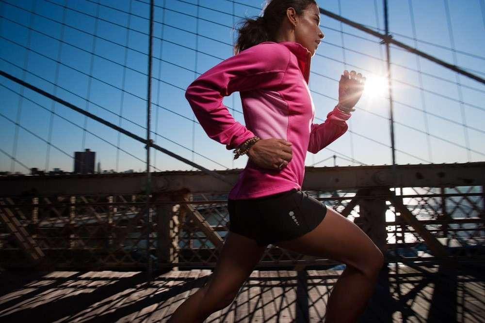 Come vestirsi per correre: consigli pratici e fashion [FOTO]