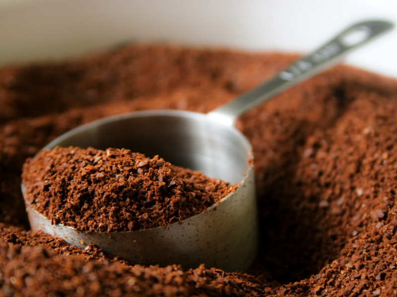 Come riciclare i fondi di caffè: 10 idee utili