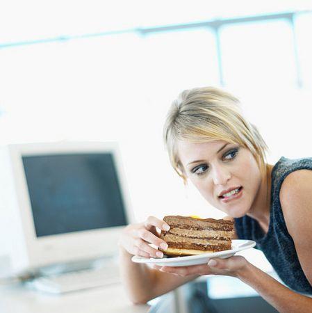 Trucchi per bloccare la fame nervosa