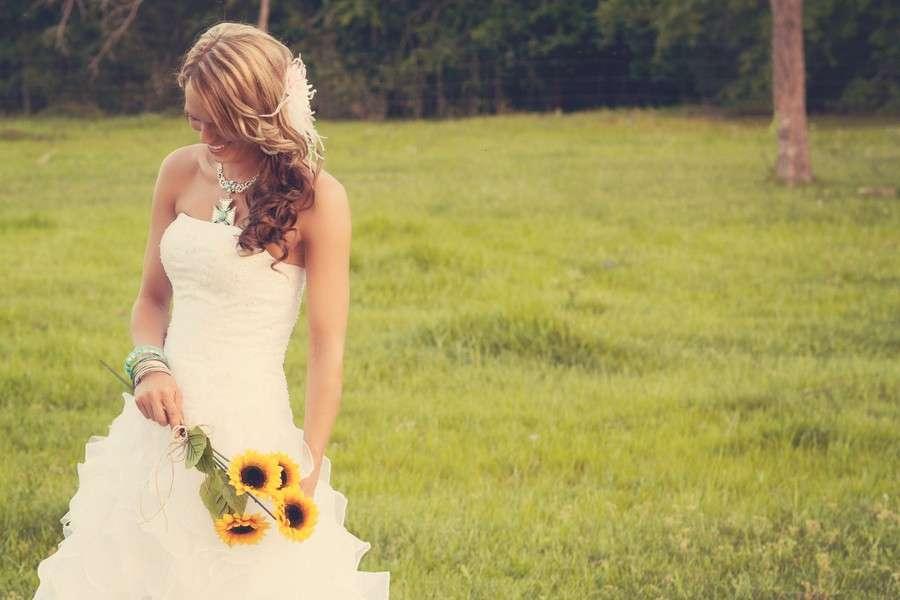 Abiti da sposa country chic per un matrimonio romantico  FOTO ... b6ae841f446