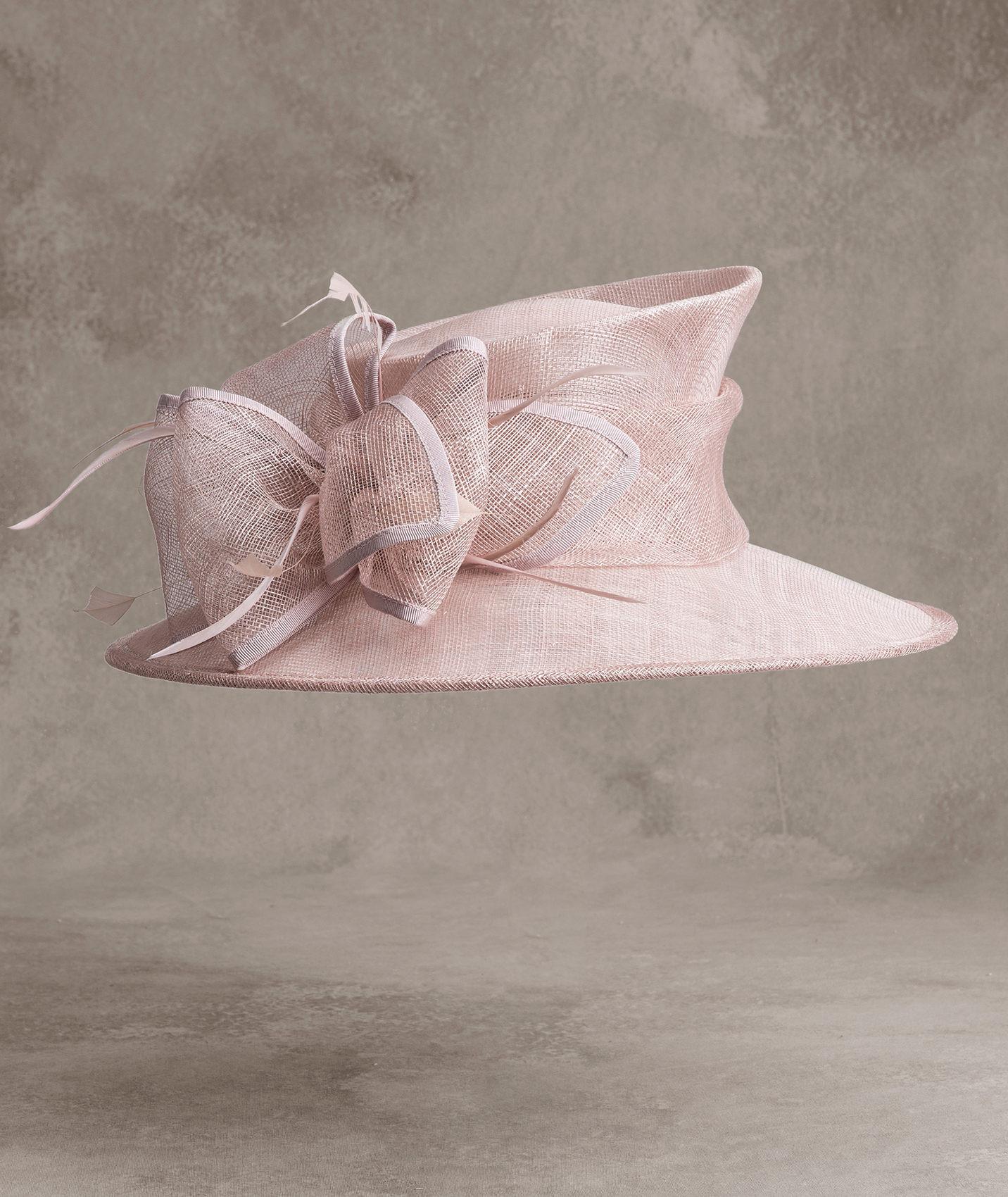 Cappello da cerimonia rosa in in raffia, piume e gros grain Pronovias