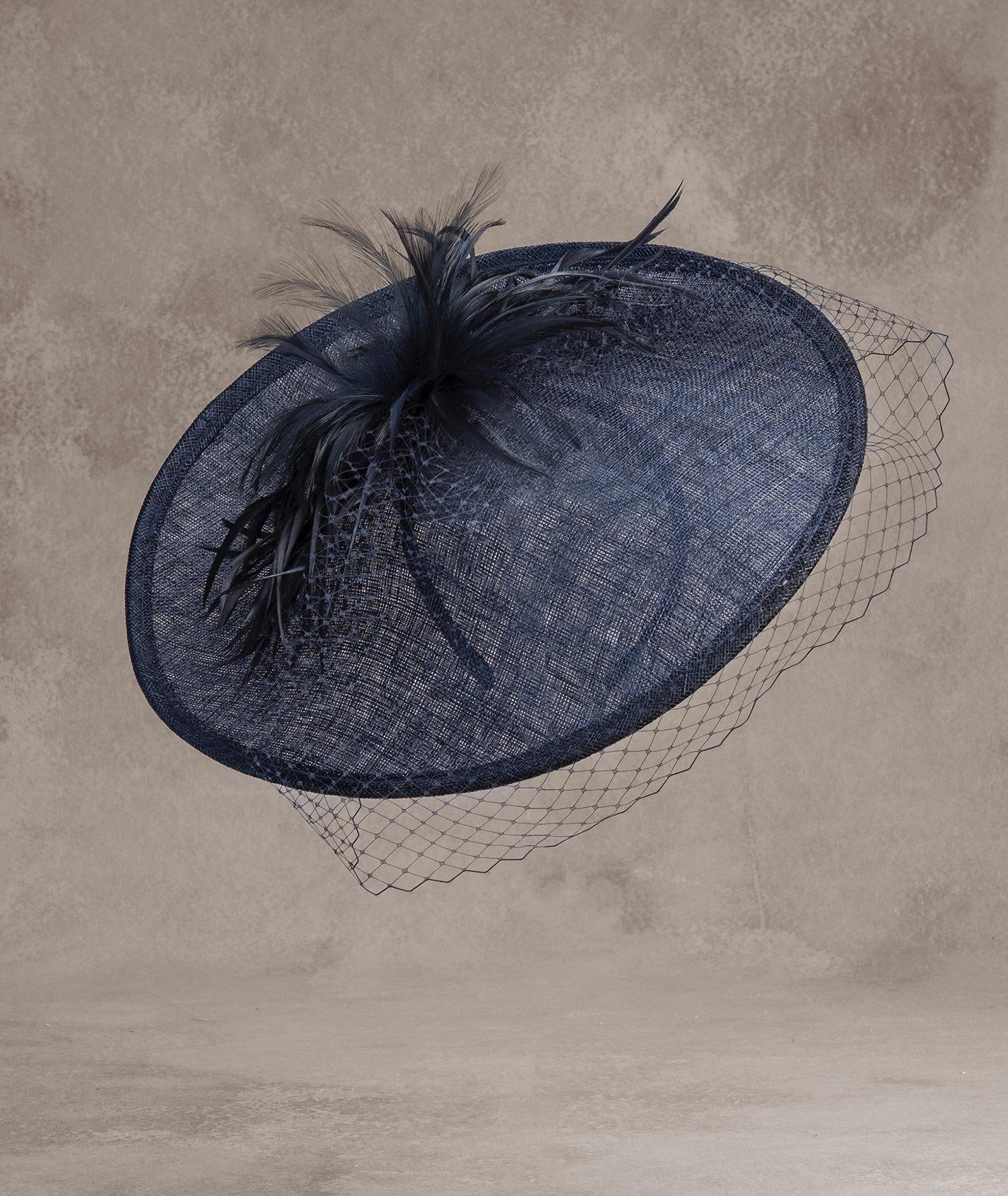 Cappello con veletta Pronovias