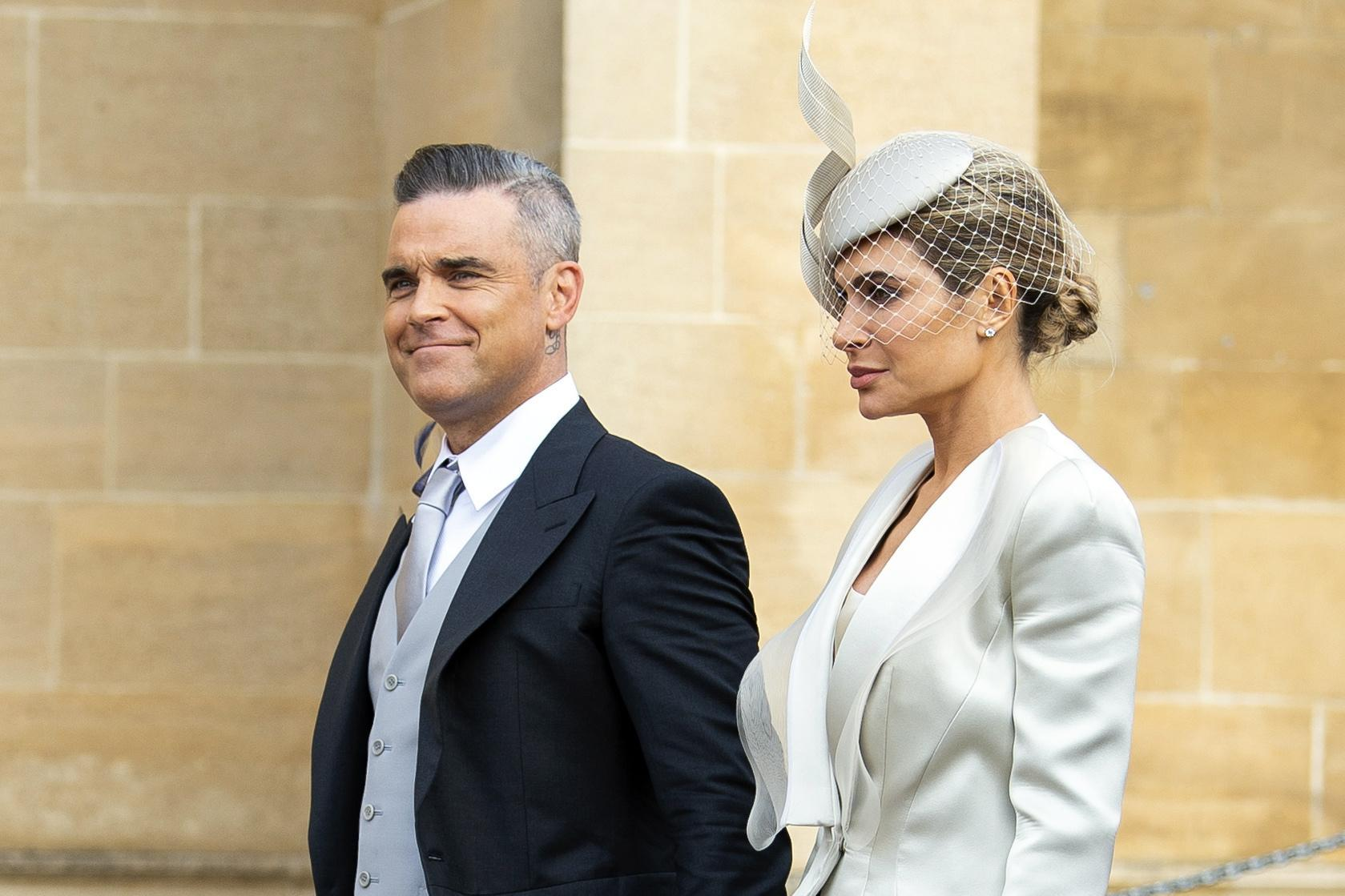 Robbie Williams e la moglie Ayda Field al matrimonio della Princessa Eugenie con Jack Brooksbank