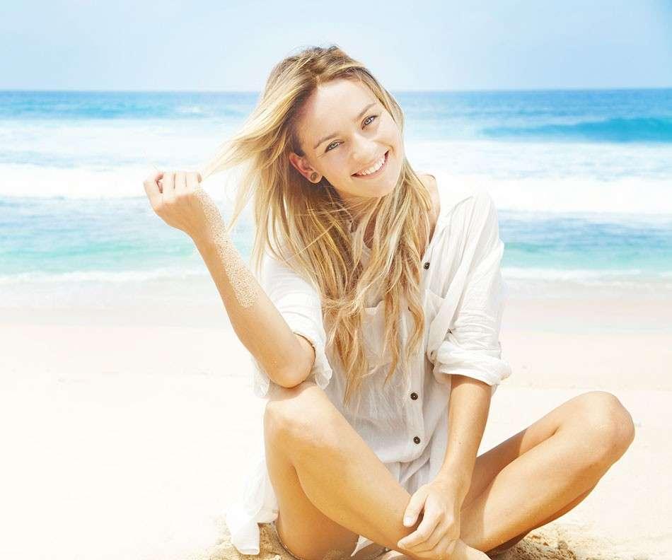 Rimedi naturali per proteggere i capelli dal sole [FOTO]