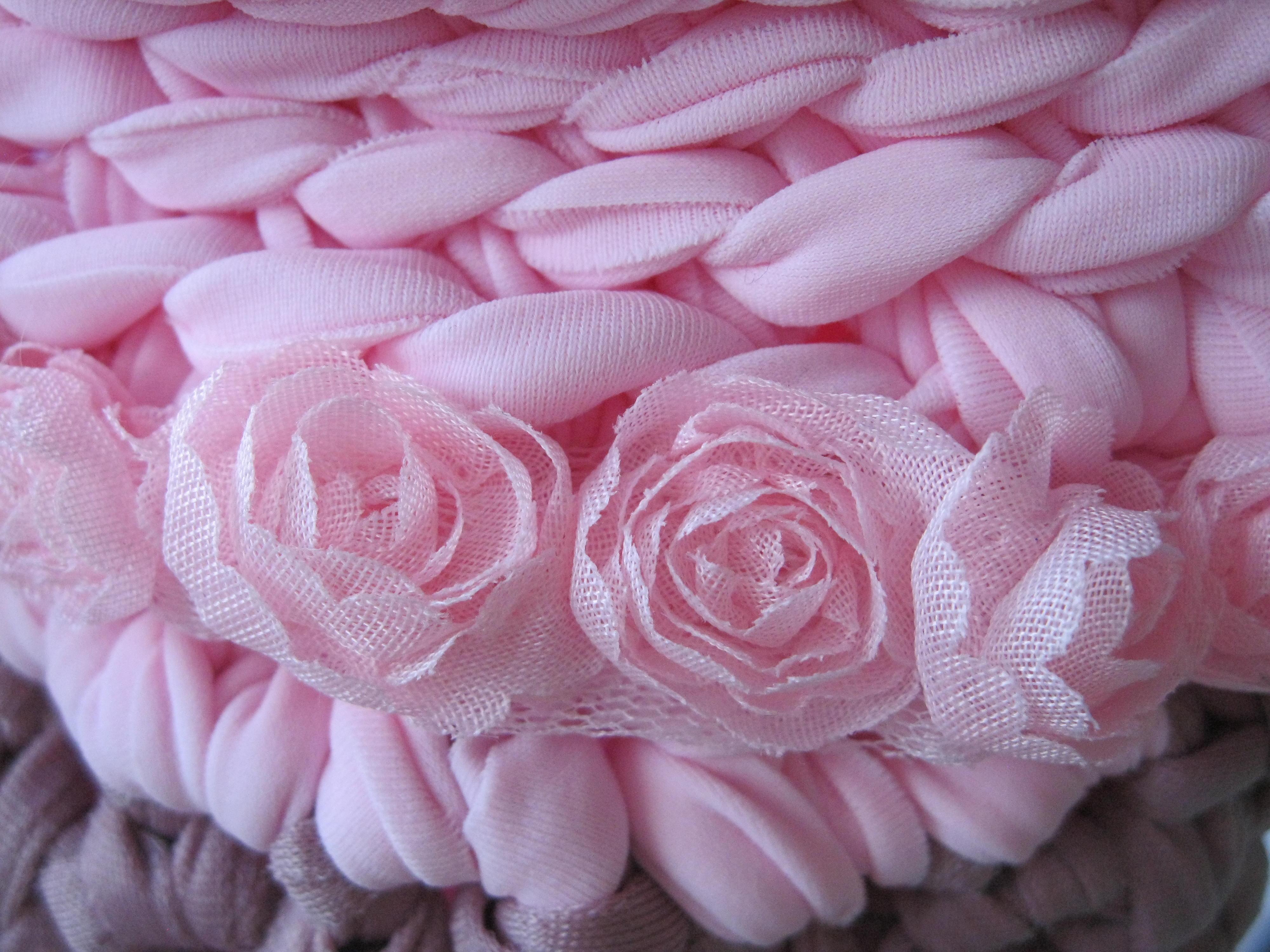 dettaglio rosa fettuccia