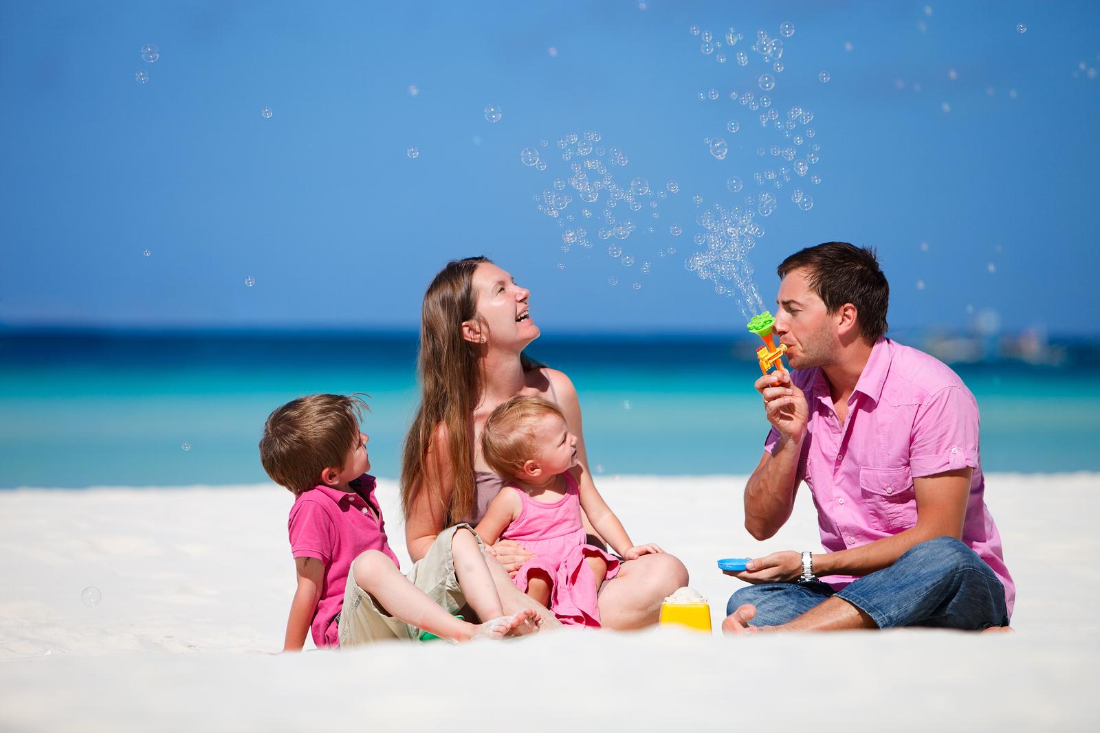 Neonato in vacanza: dove portarlo? Le mete ideali