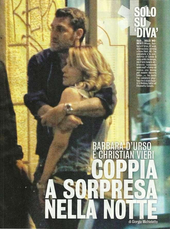 Barbara D'Urso e Bobo Vieri: coccole e abbracci a Milano [FOTO]