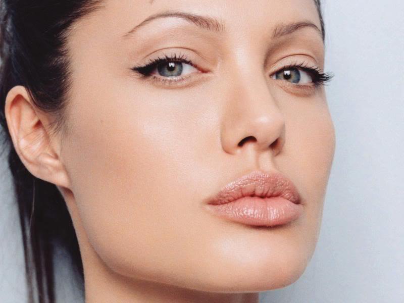 Come avere labbra carnose: i rimedi naturali