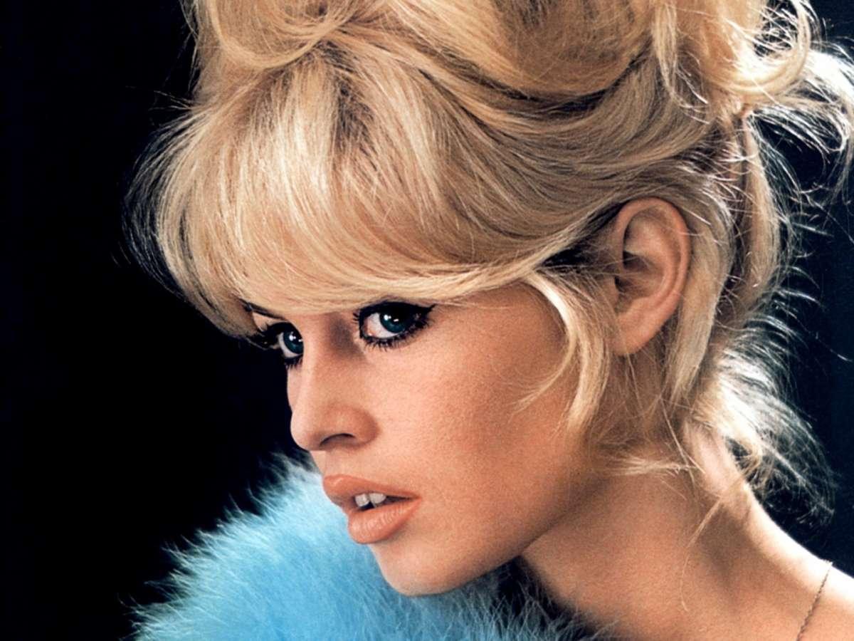 Brigitte Bardot: i beauty look dell'icona di bellezza [FOTO]