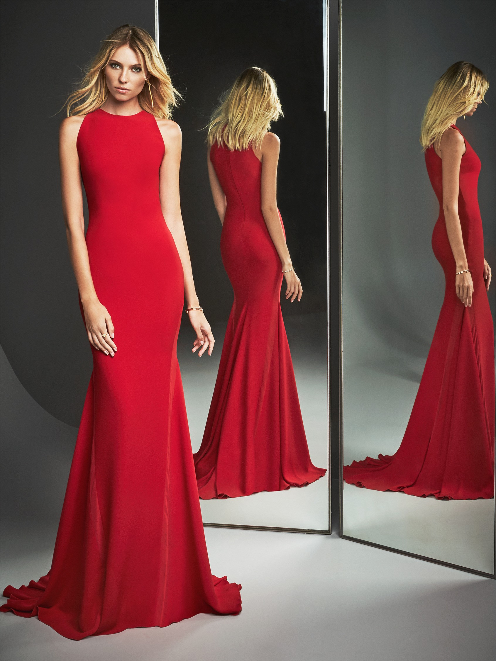 Abito da sera a sirena rosso Pronovias Evening Essentials