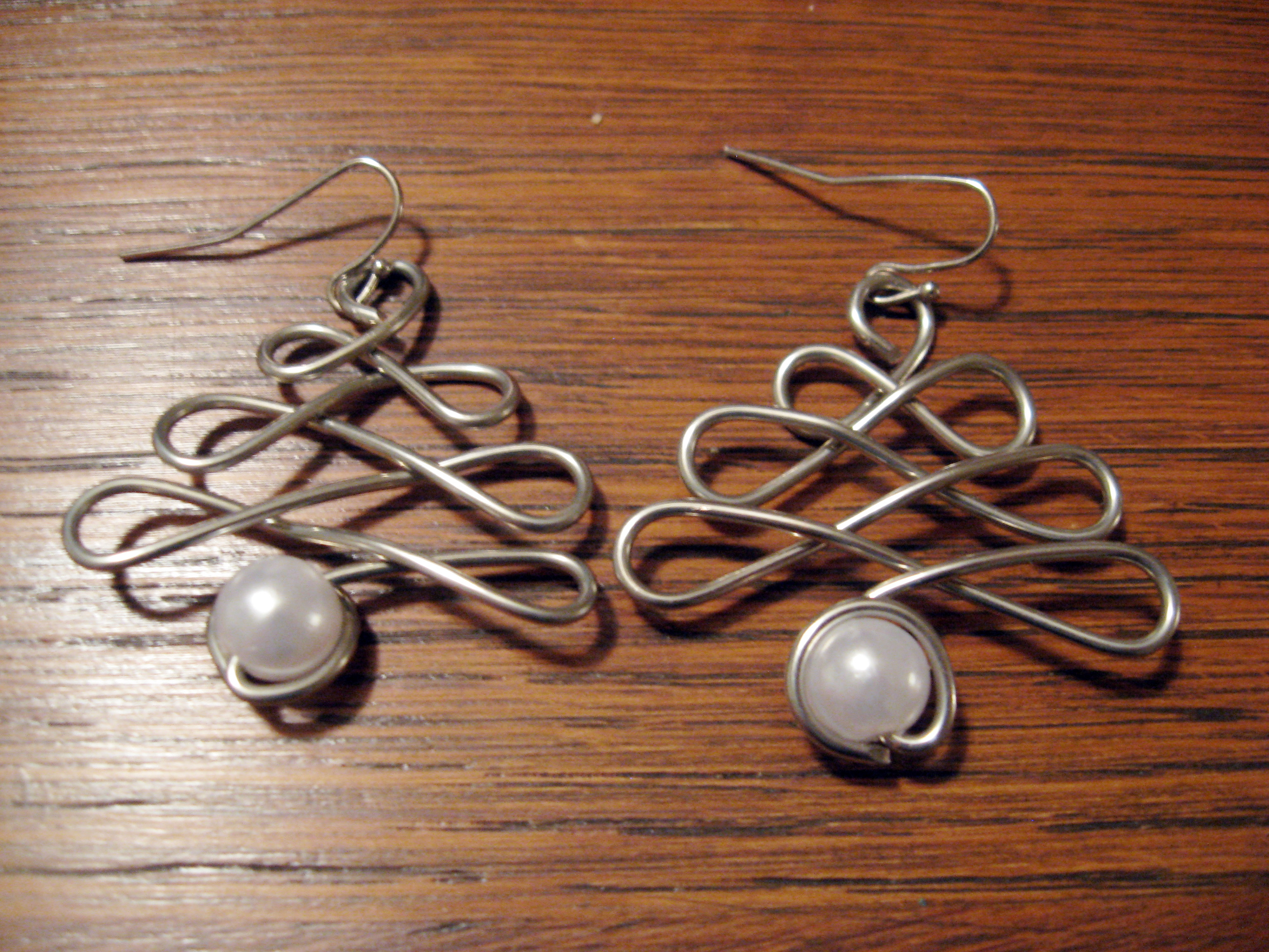 orecchini filo rame pietra grigia