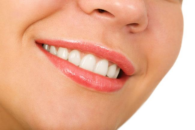 Smalto dei denti consumato: quali sono i rimedi?