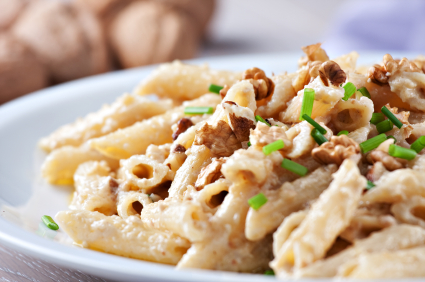 Pasta with walnut sauce