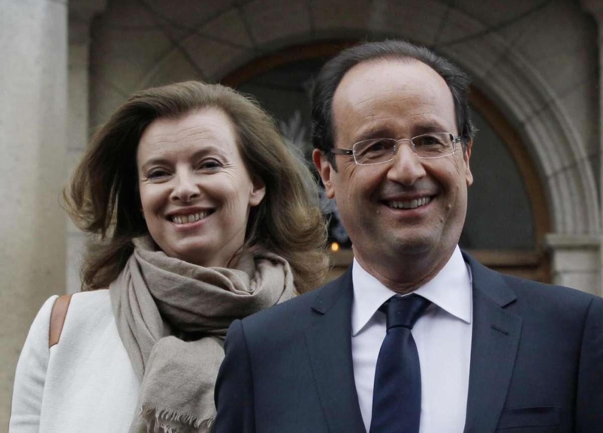 Valérie Trierweiler pubblica un libro shock: ecco la verità su Hollande [FOTO]