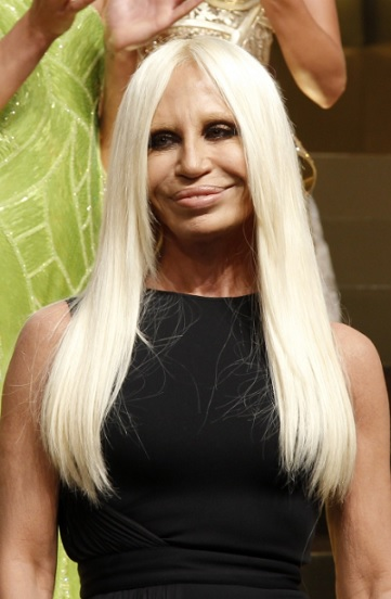 Donatella Versace in testa
