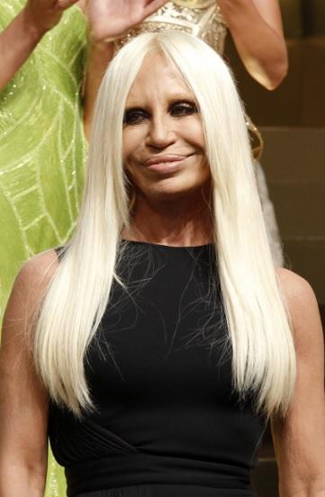 Donatella Versace in testa