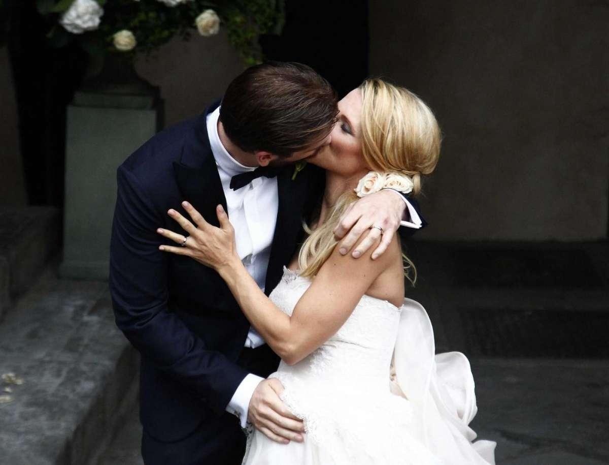 Michelle Hunziker e Tomaso Trussardi si sono sposati: matrimonio vip a Bergamo [FOTO]