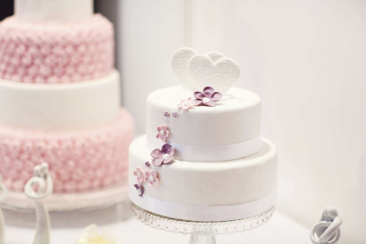 Torte nuziali finte: complementi d'arredo per il tuo matrimonio [FOTO]