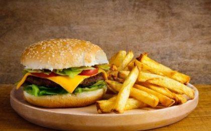 8 regole per resistere al cibo spazzatura