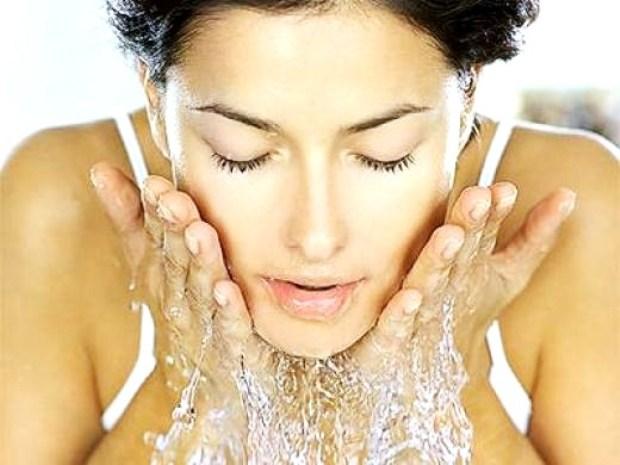 lavare viso